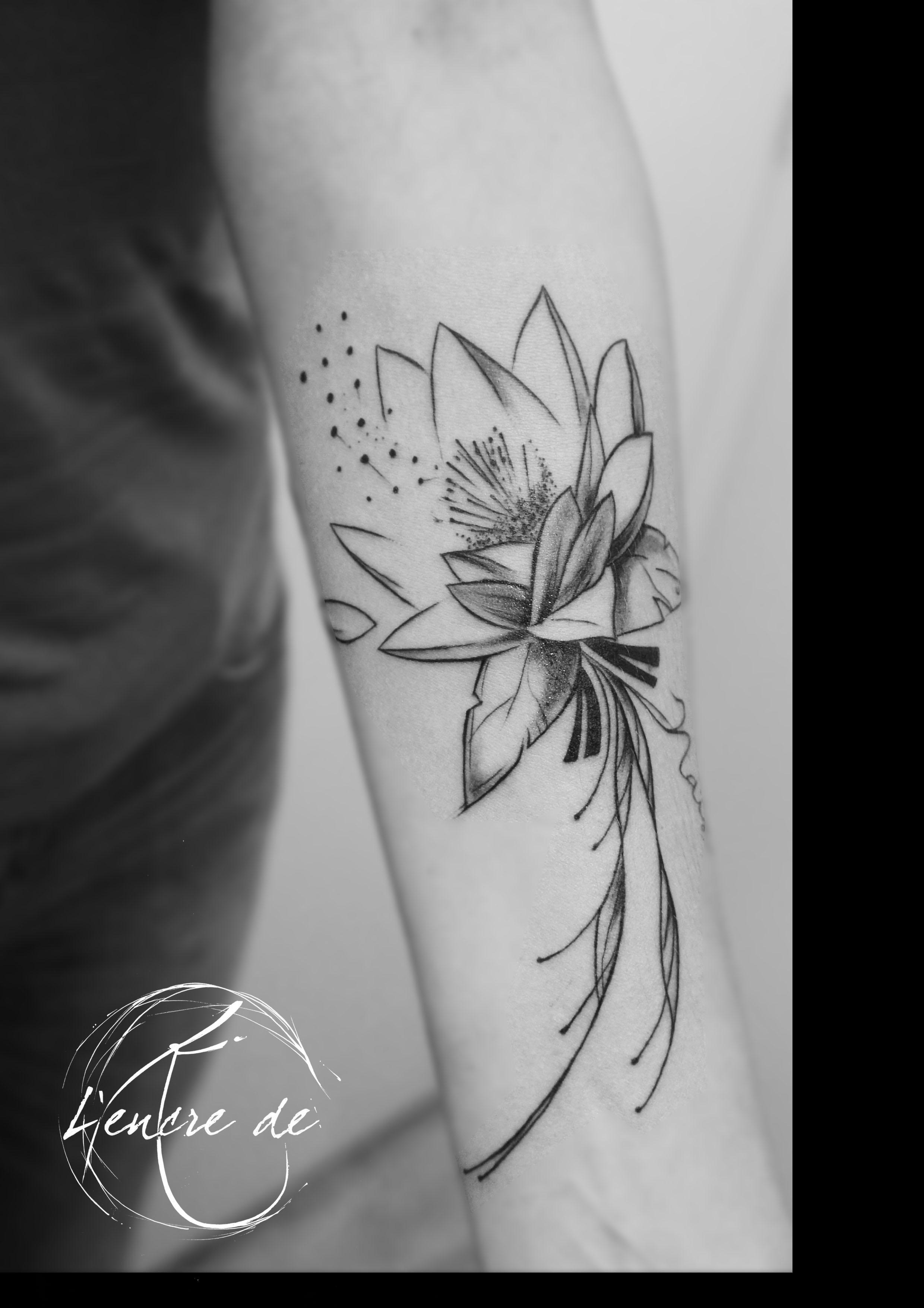 Tatouage Fleur De Lotus Nuque Tattoo De Flor Na Costela Pesquisa